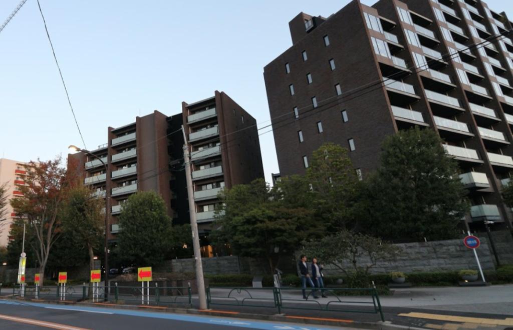 徳井義実の自宅2億円マンションは世田谷区三軒茶屋のどこ?外観写真やマンション名は?